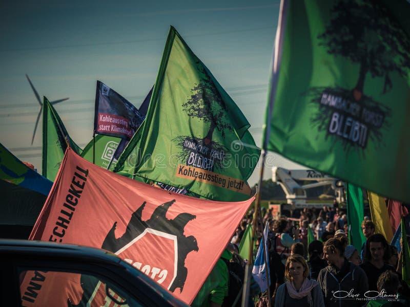 Protesta Hambacher Forst- Kerpen Buir, Germania 06 Oktober 2018 fotografie stock