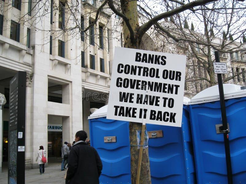 Protesta - insegne fuori del san Pauls London immagine stock libera da diritti