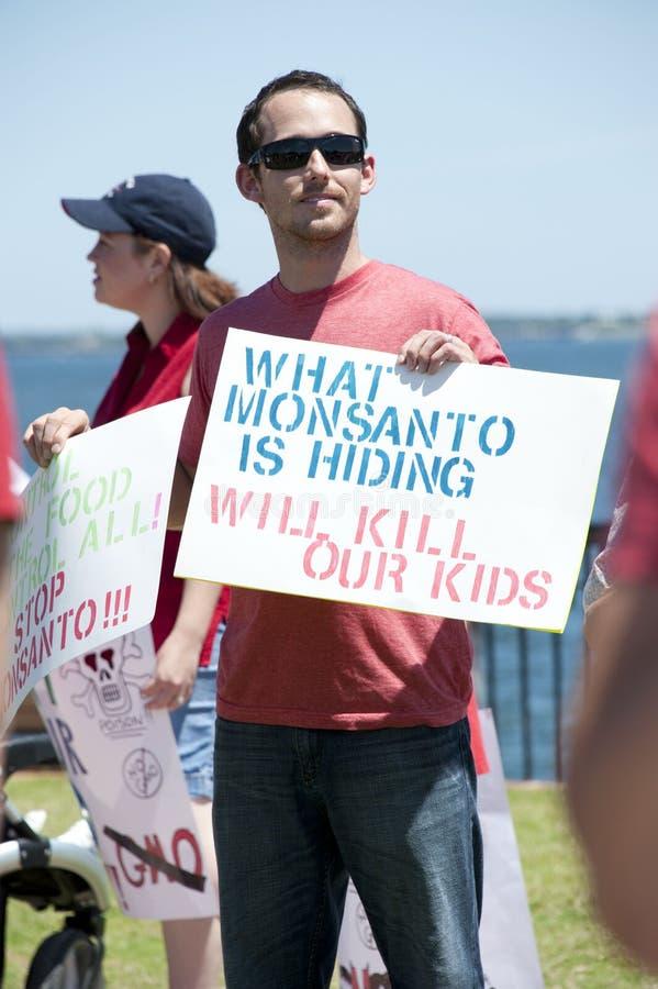 Protesta mundial contra Monsanto y los GMOs imagenes de archivo