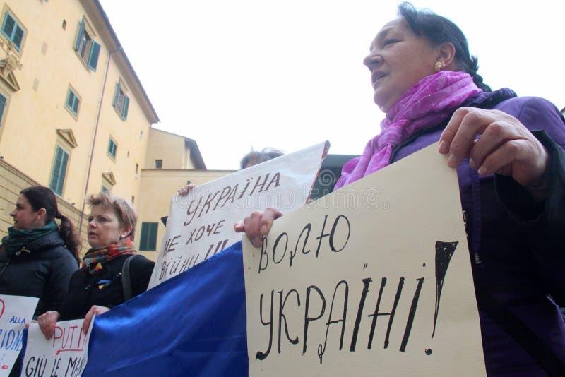 Protesta ucraniana de la comunidad contra Putin fotos de archivo