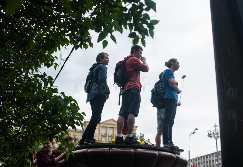 Protestadores novos no protesto anticorrupção fotografia de stock royalty free