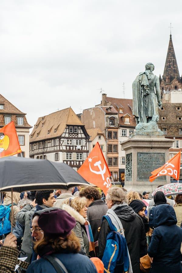 Protestadores recolhidos em Kleber Square que protesta o pla do governo fotos de stock