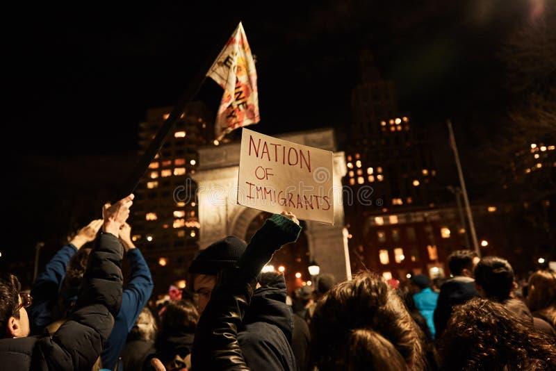Protestando a proibição muçulmana da imigração do ` s do trunfo imagens de stock royalty free