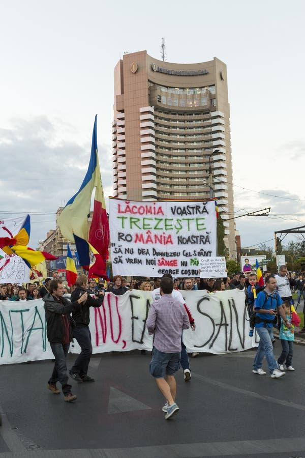Protestas contra la extracción del oro del cianuro en Rosia Montana foto de archivo libre de regalías