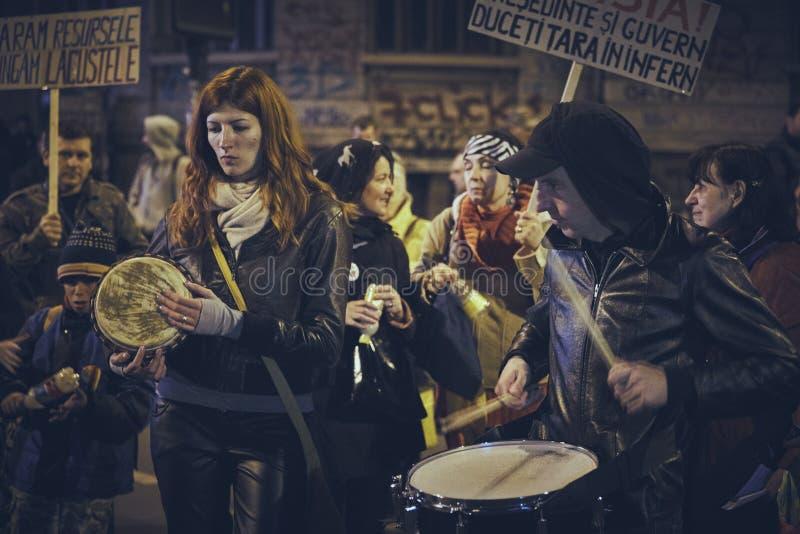 Protestas contra la mina de oro de Rosia Montana, Bucarest, Rumania imagen de archivo