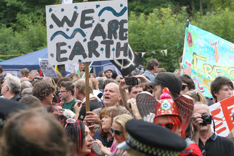 Protestas De Balcombe Fracking Fotografía editorial