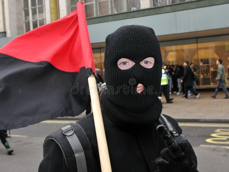 Protestataire masqué d'anarchiste à Londres photos libres de droits