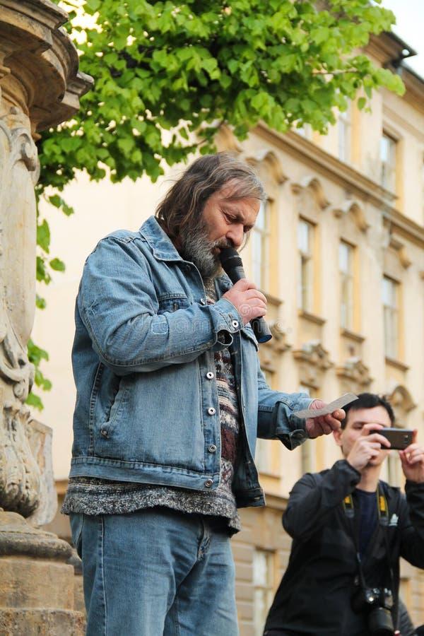 Protestataire parlant sur la démonstration images libres de droits