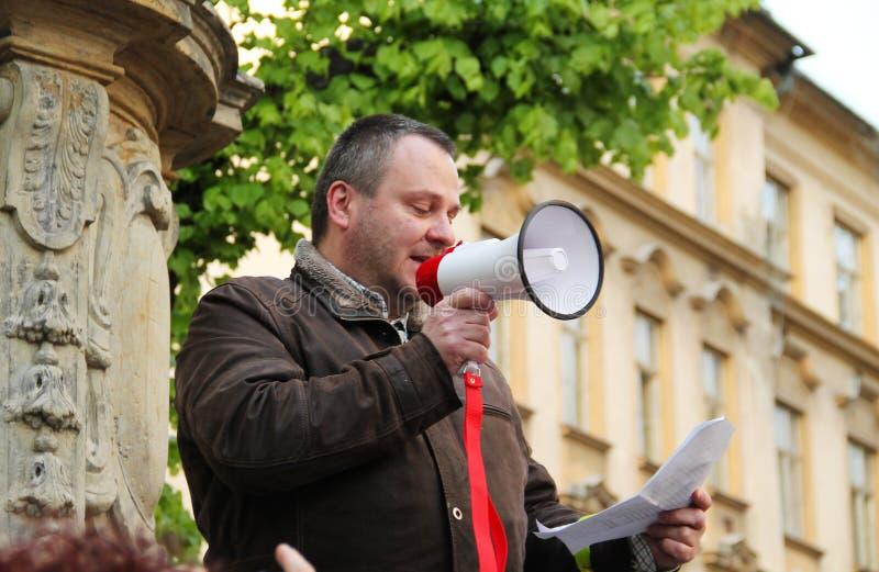 Protestataire parlant sur la démonstration image libre de droits