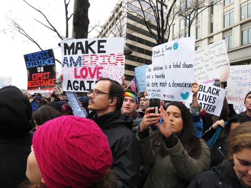 Protestataires au défilé inaugural présidentiel photos stock