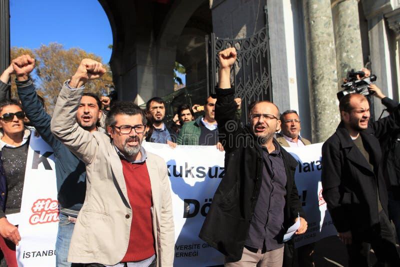 Protestation d'universitaires en Turquie photos stock