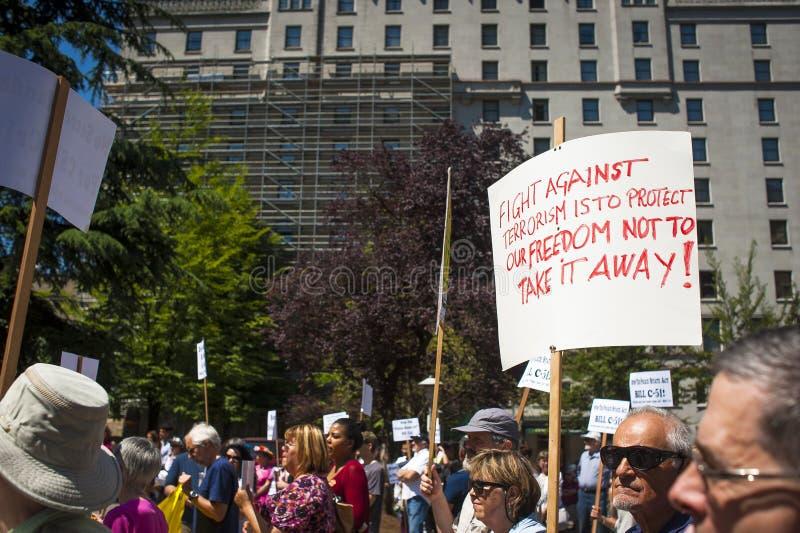 Protestation de Bill C-51 (acte d'Anti-terrorisme) à Vancouver photographie stock