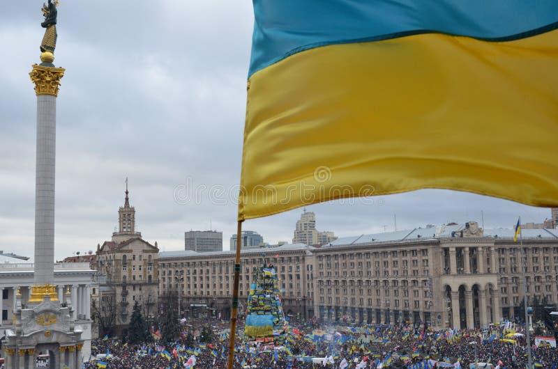 Protestation de masse continue en capitale ukrainienne photos libres de droits