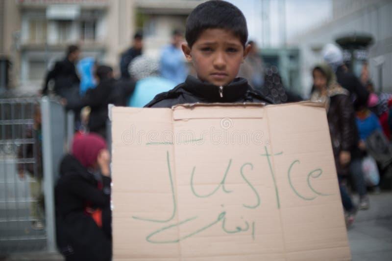 Protestation de réfugié à Athènes image libre de droits