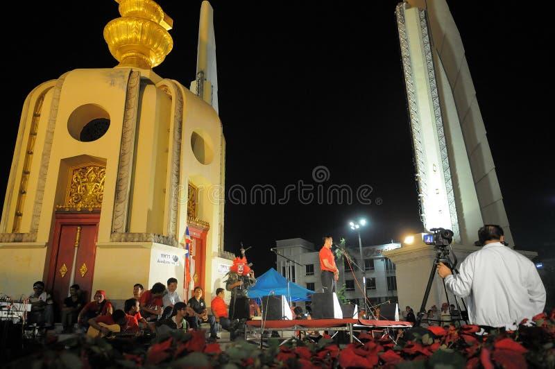 Protestation de Rouge-Chemise à Bangkok photographie stock