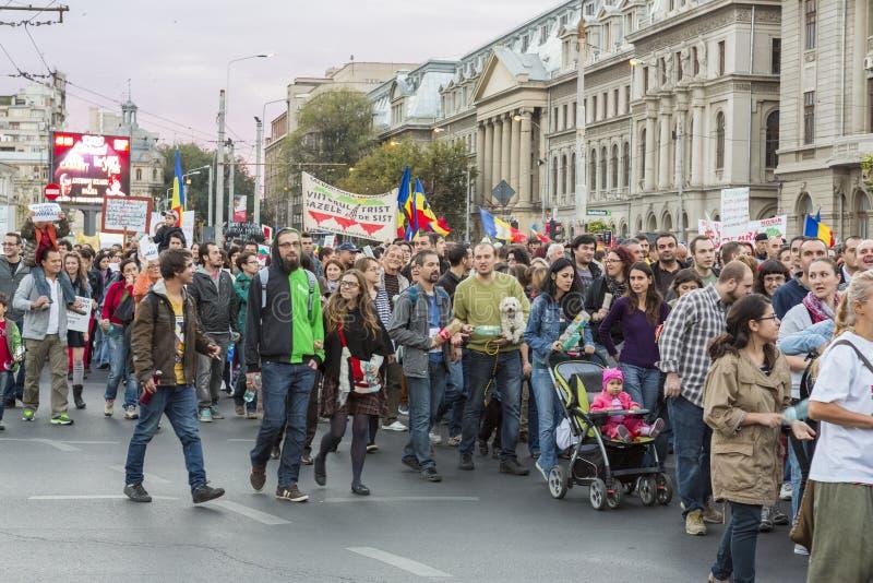 Protestations contre l'extraction d'or de cyanure chez Rosia Montana images libres de droits