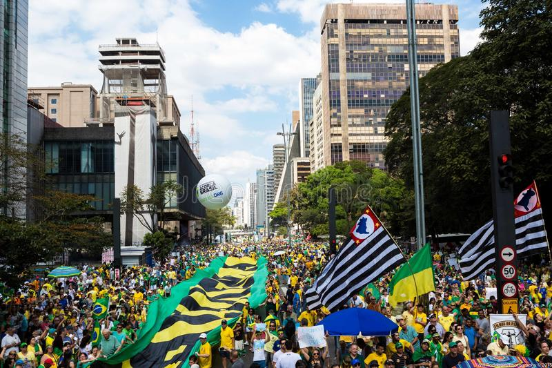 Protestations d'avenue de Paulista, Sao Paulo, Brésil photo stock