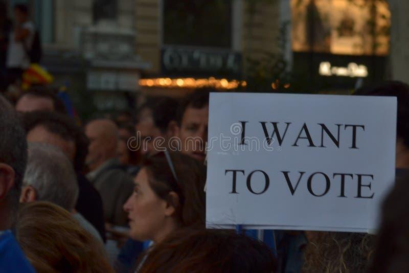 Protestations pour le catalan Indipendence Référendum de la Catalogne : les gens prostesting dans les rues de Barcelone Octobre 2 image stock