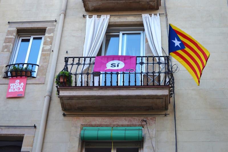 Protestations pour le catalan Indipendence Référendum de la Catalogne : les gens prostesting dans les rues de Barcelone Octobre 2 images stock