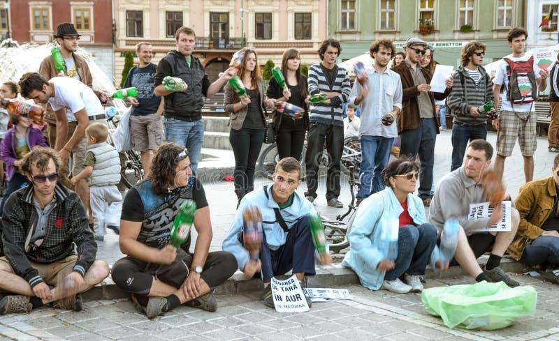 Protestations pour Rosia Montana photo libre de droits