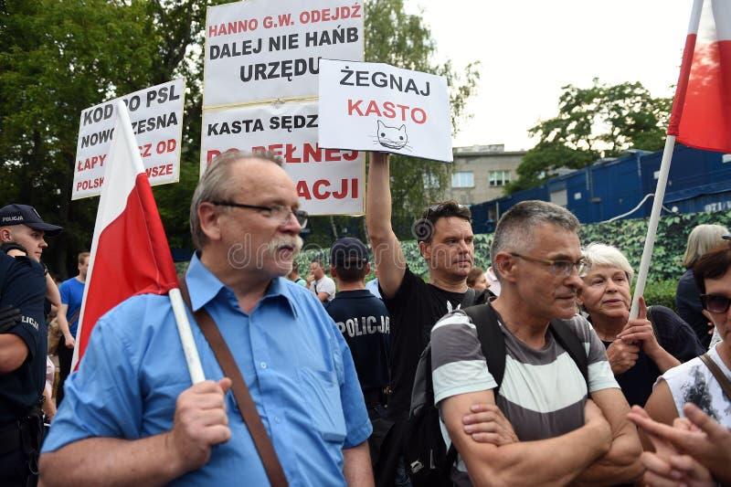 Download Proteste Gegen Regierung In Polen Redaktionelles Stockfoto - Bild von poliermittel, europa: 96935893