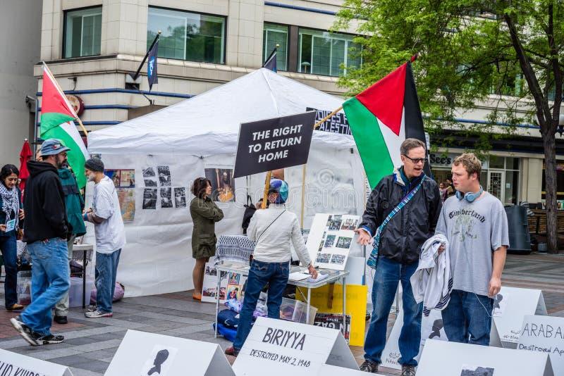 Protesteerders ondersteunend Palestina royalty-vrije stock foto's