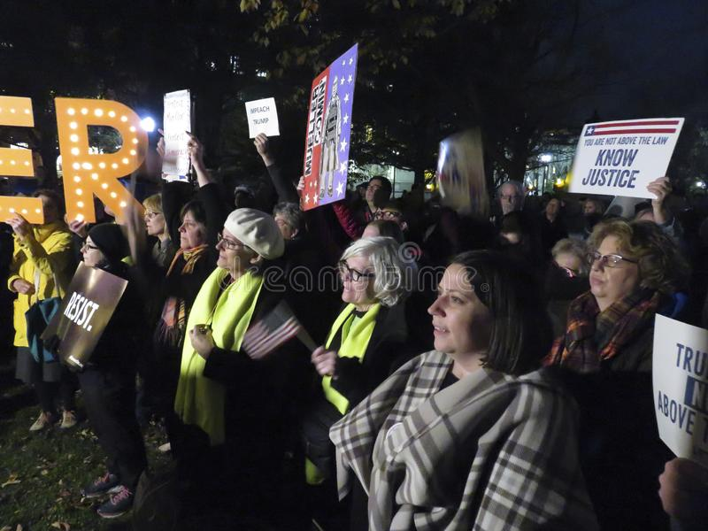 Protesteerderswho wil Mueller bij het Park van Lafayette redden royalty-vrije stock afbeeldingen