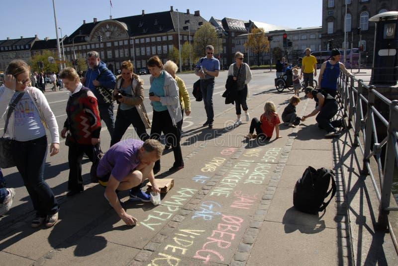 PROTESTEN OCH KÖRNINGEN FÖR FRED 2016 SAMLAR arkivfoton