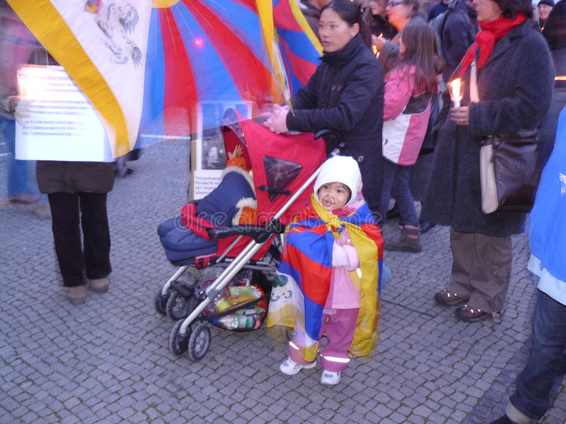 protestflyktingar tibet royaltyfri bild