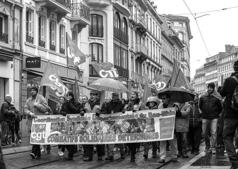 Protestieren Sie gegen französische Regierungsschnur Macron von Reformen peopl stockbilder