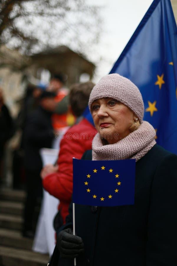 Protestkommittén försvaret av demokrati (KOD), Poznan, Polen arkivbilder