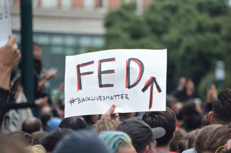 Protesto preto da matéria das vidas fotos de stock