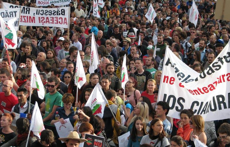 Protestos para Rosia Montana fotografia de stock royalty free