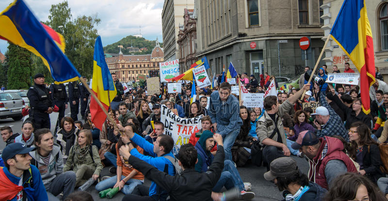 Download Protests For Rosia Montana Editorial Stock Image - Image: 33678379