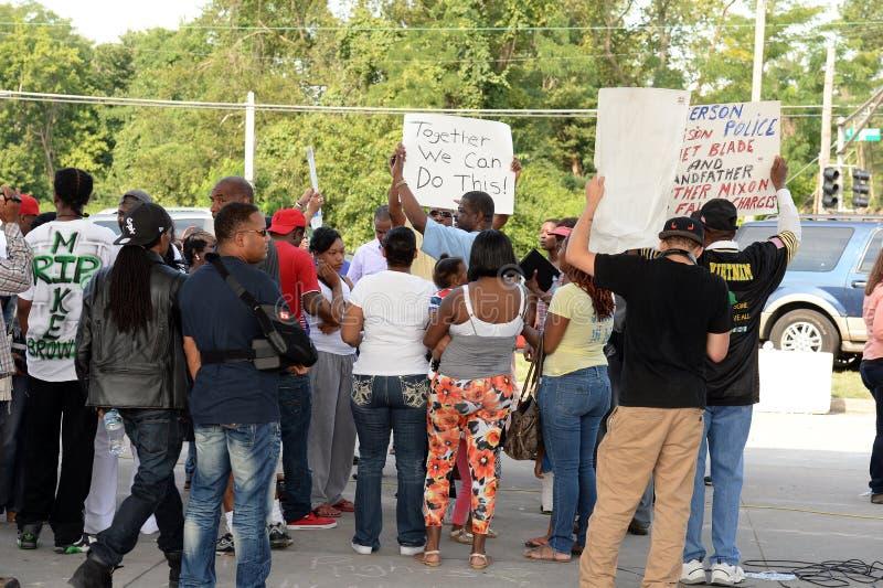 Protestujący w Ferguson, Missouri zdjęcia royalty free