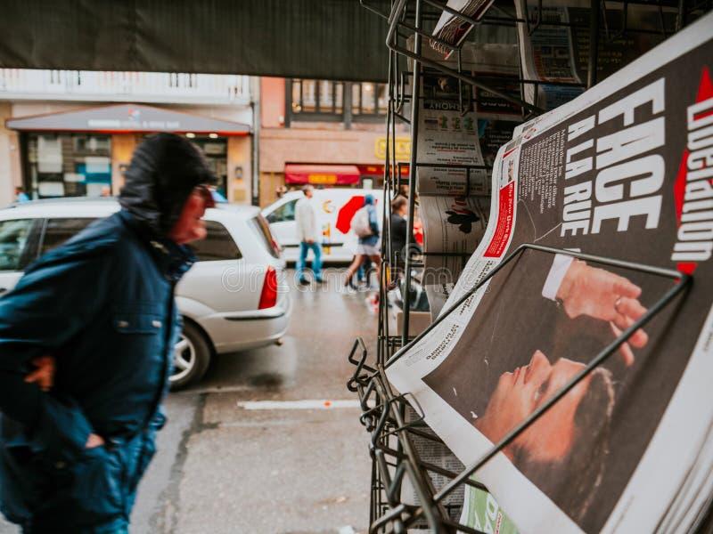 Protesty w Francja przeciw Macron Reformują Macron portret podczas obraz royalty free