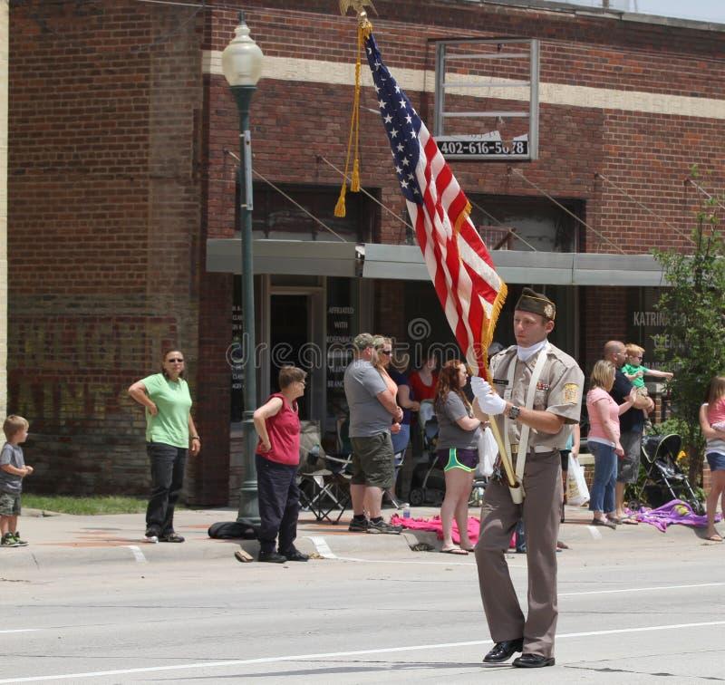 Protetor de cor na parada na cidade pequena América imagem de stock royalty free