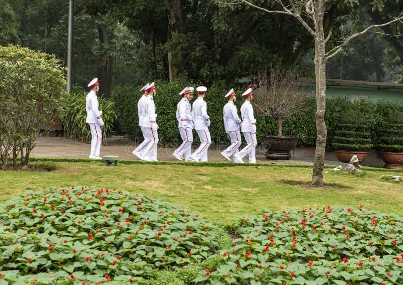 Protetor de honra Ho Chi Minh Mausoleum, Hanoi, Vietname imagens de stock