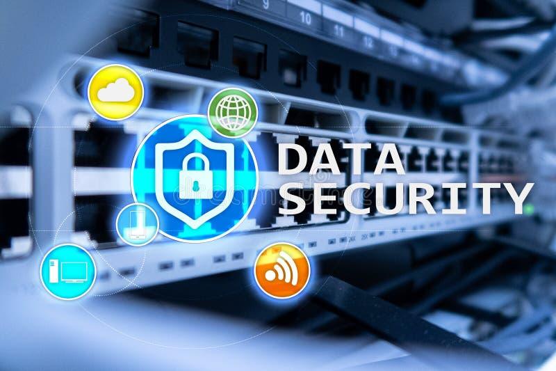 Protezione dei dati, prevenzione di crimine cyber, protezione delle informazioni di Digital Chiuda le icone ed il fondo a chiave  immagini stock libere da diritti