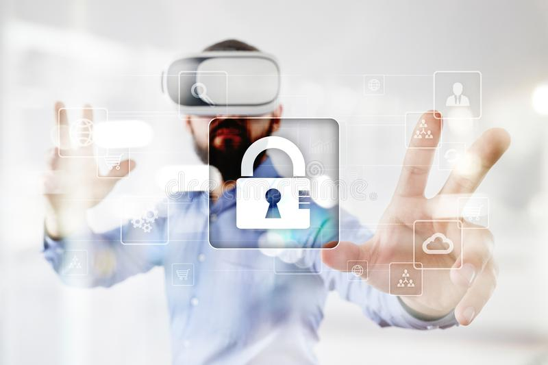 Protezione dei dati, sicurezza cyber, sicurezza di informazioni e crittografia tecnologia di Internet e concetto di affari fotografia stock libera da diritti