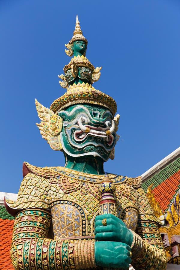 Protezione verde al grande palazzo, Bangkok fotografia stock libera da diritti