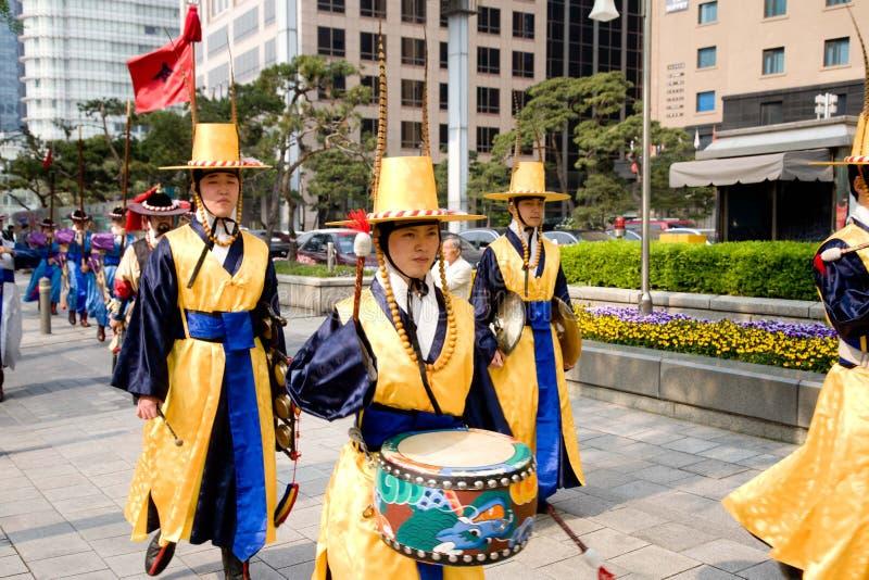 Protezioni del palazzo dell'imperatore a Seoul immagine stock libera da diritti