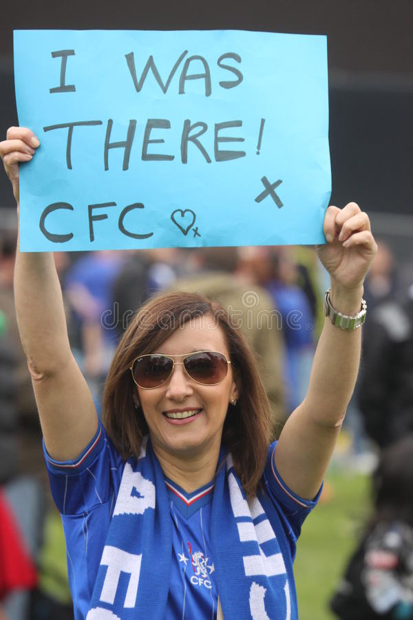 Proud Chelsea woman supporter stock photography