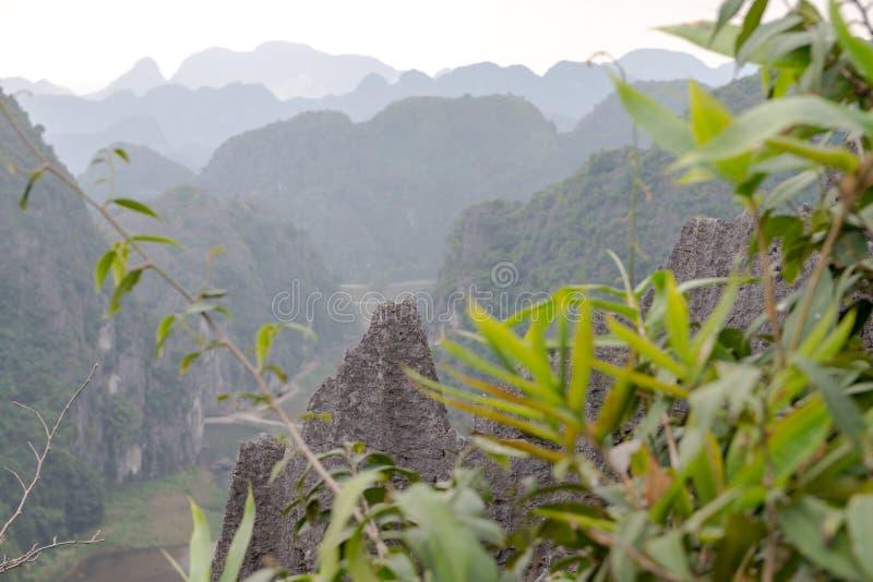 Província de Hang Mua Temple Ninh Binh, Ha Noi Vietnam Dec 2018 foto de stock