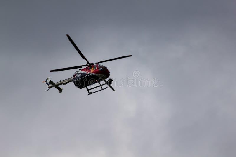 Provea de personal el helicóptero en la raza 2018 del aire de Budapest RedBull imagen de archivo