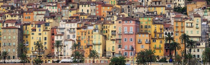 Provence-bunte Dorfhäuser, Menton stockfotografie