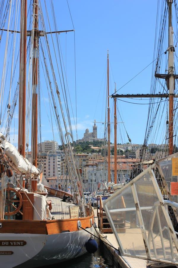 Provence Cote d'Azur, Frankrike - Marseille gammal port royaltyfria foton