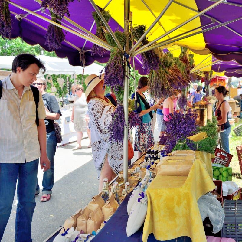 Provence, Francja - uliczny rynek zdjęcie stock