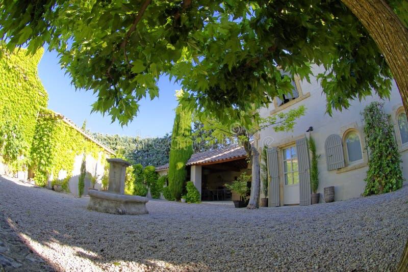 Provence-Garten lizenzfreies stockfoto