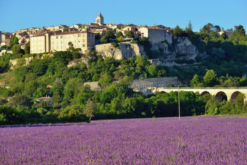 Provence lantligt landskap arkivbilder